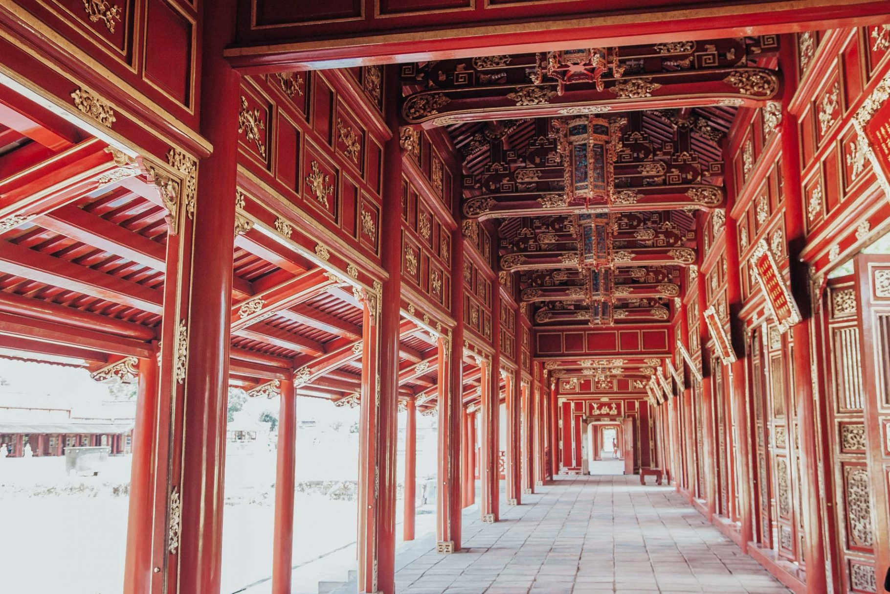 One day in Hue: best things to do + hotel recommendation